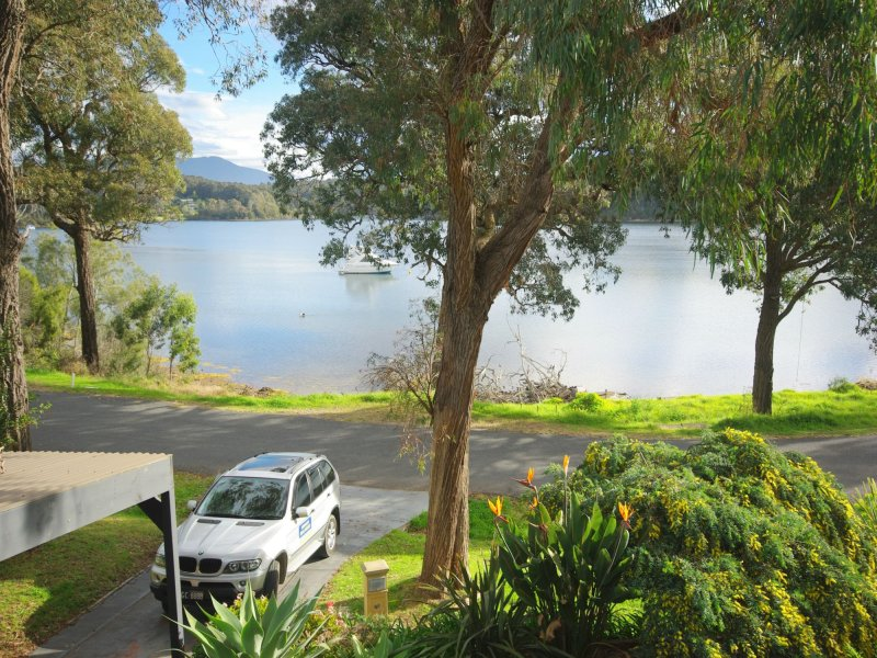 29 Lakeview Drive, Narooma, NSW 2546