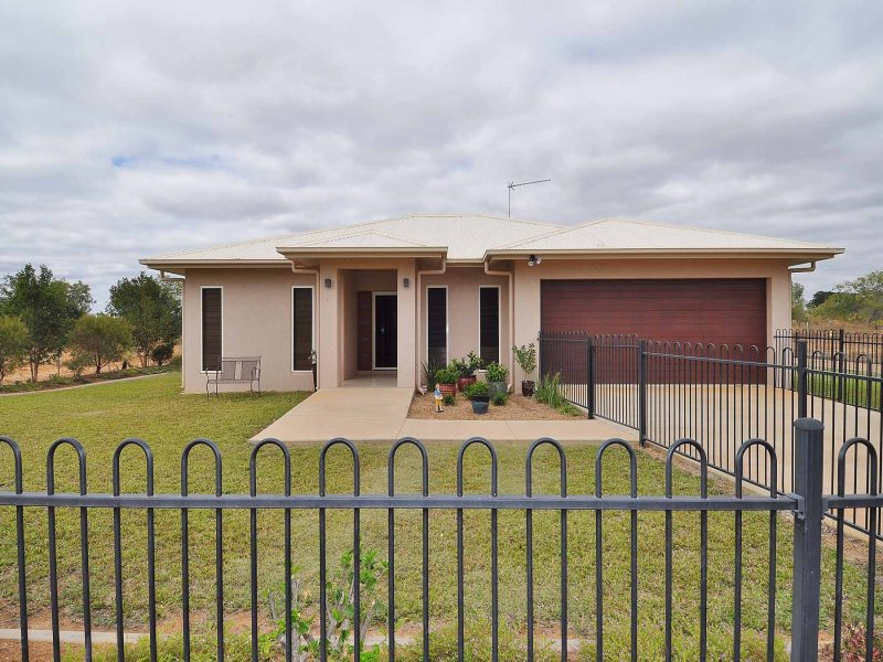 30 Estate Avenue, Toll, Qld 4820