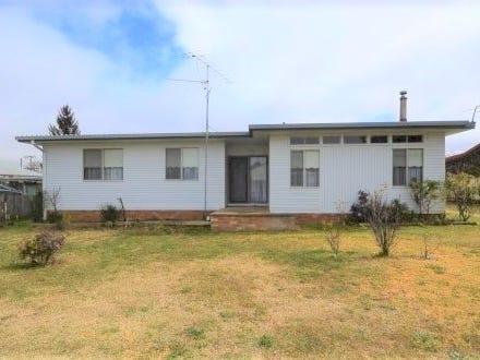 1 Coakes Street, Guyra, NSW 2365