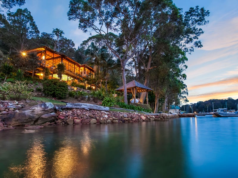 2 Lovett Bay, Lovett Bay, NSW 2105