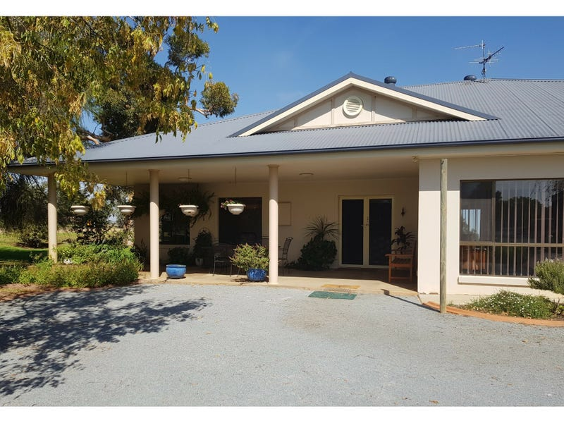 193 Brobenah Road, Leeton, NSW 2705