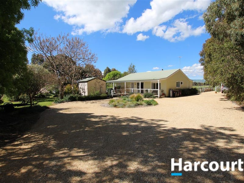 92 Highton Lane, Mansfield, Vic 3722