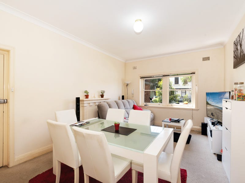 2/214 Blues Point Road, McMahons Point, NSW 2060
