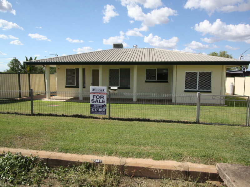 17 Millchester Road, Queenton, Qld 4820