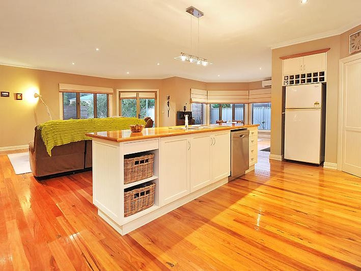 16 Pinevale Way, Ballarat North, Vic 3350