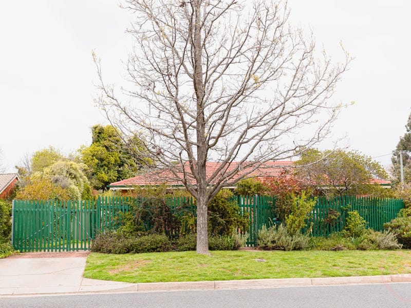 9 Cooper Place, Watson, ACT 2602