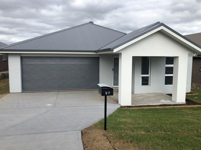 97 Tooze Circuit, North Rothbury, NSW 2335