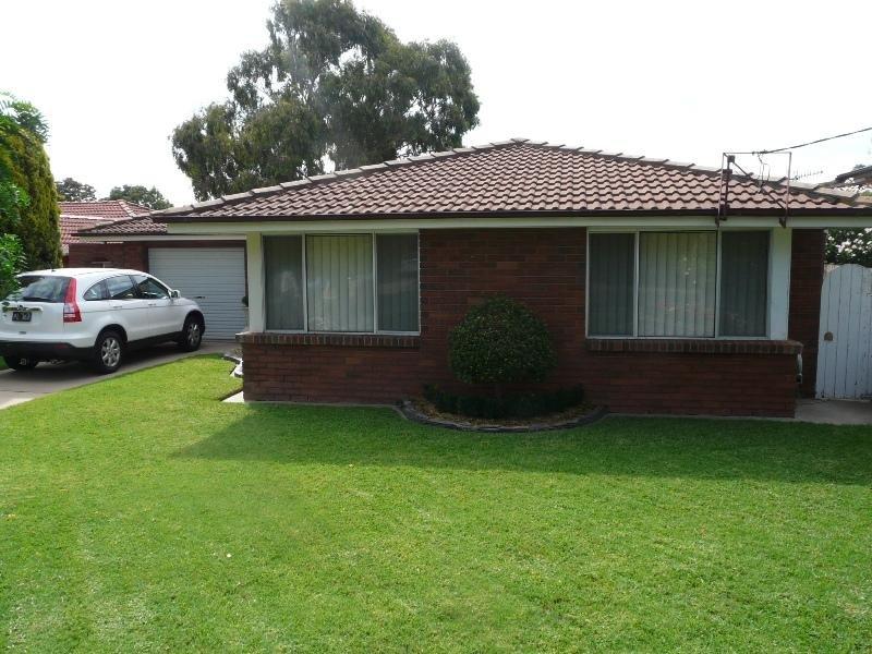 56 College Road, Bathurst, NSW 2795