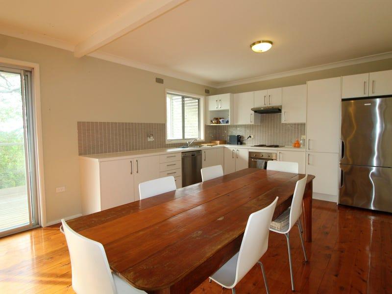 2 COMARA TERRACE, Crescent Head, NSW 2440