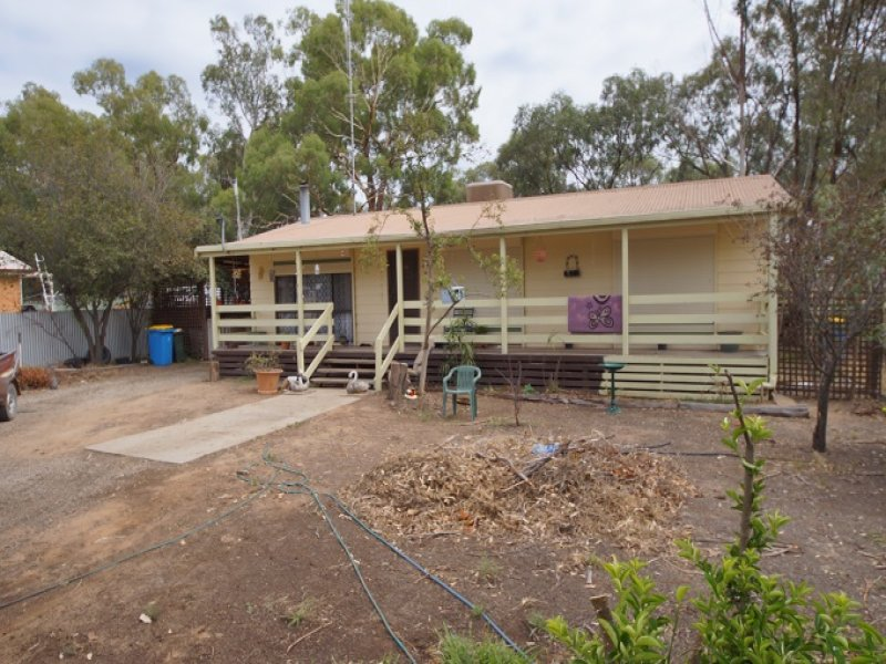 24 Lawford Street, Barmah, Vic 3639
