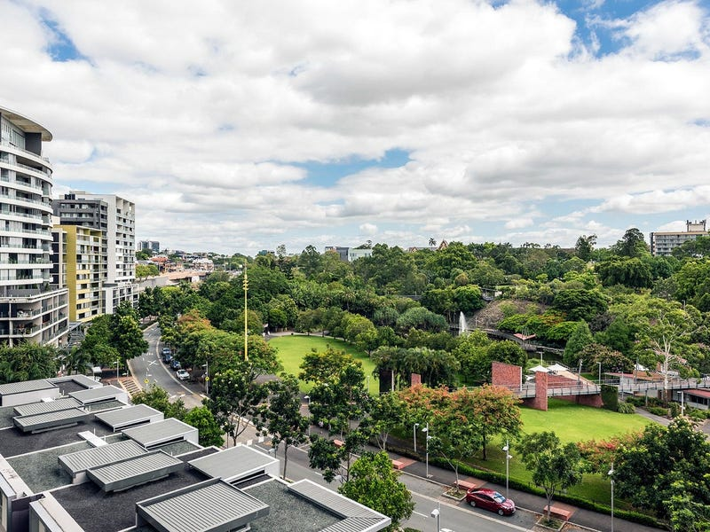 3027/3 Parkland Boulevard, Brisbane City, Qld 4000