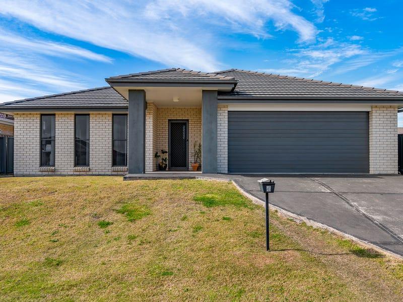 4 Hepburn Close, Rutherford, NSW 2320