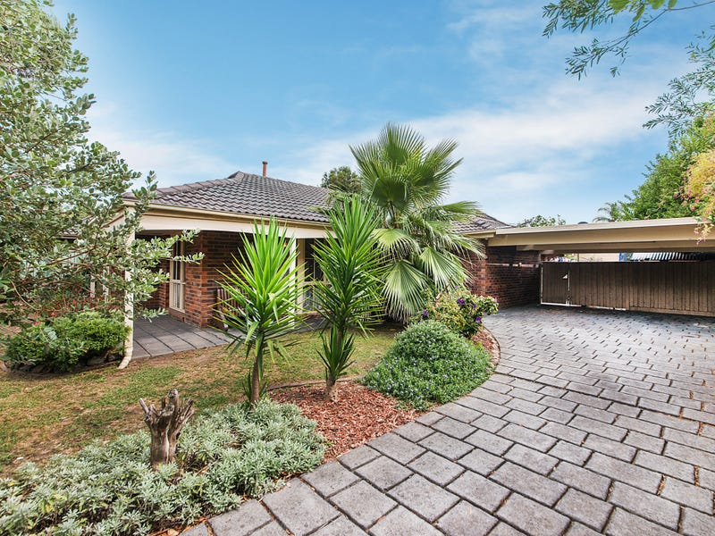 164 Windermere Drive, Ferntree Gully, Vic 3156