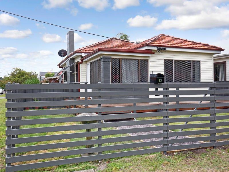 12 Beach Street, Belmont South, NSW 2280