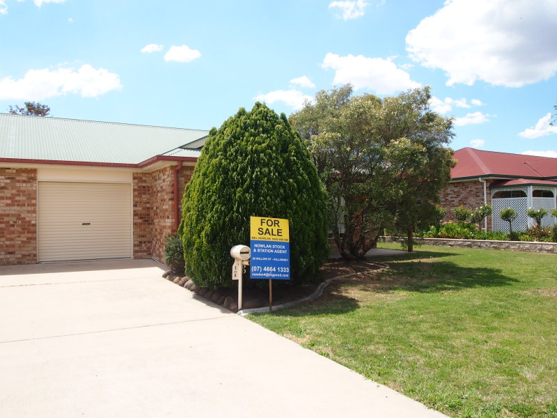 1/4 Bell Place, Warwick, Qld 4370