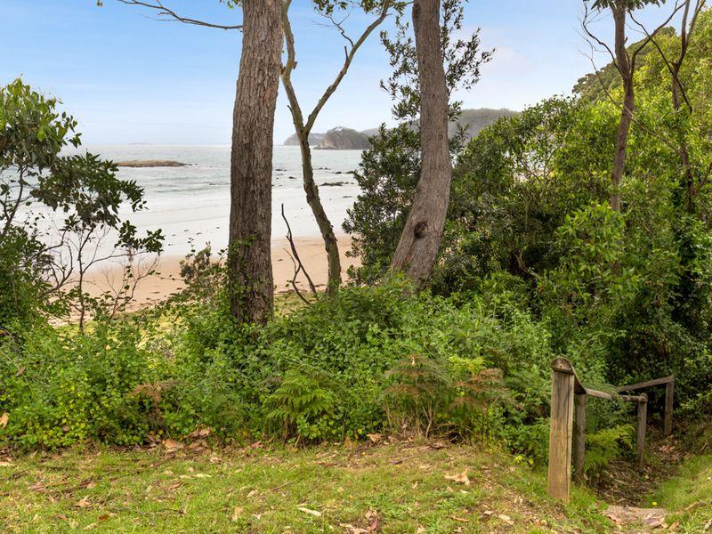 4 Graydon Avenue, Denhams Beach, NSW 2536