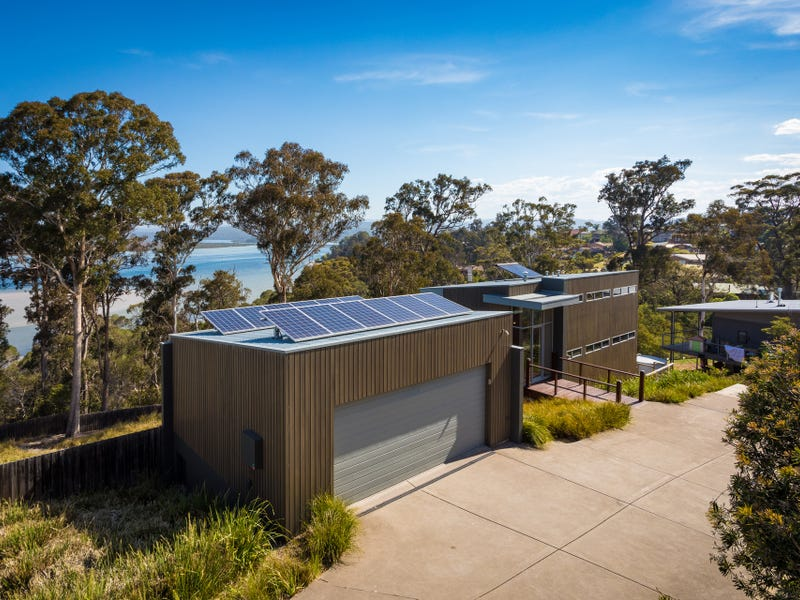 39 John Close, Merimbula, NSW 2548