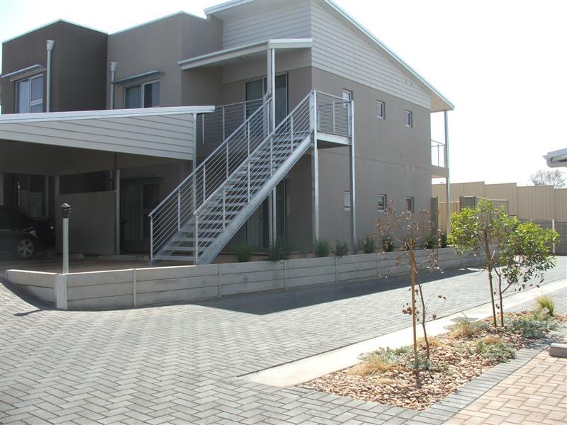 13 /45-47 STUART ROAD, Roxby Downs, SA 5725