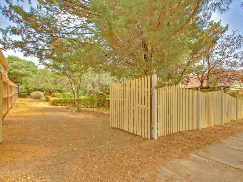 27 Derrima Road, Queanbeyan, NSW 2620