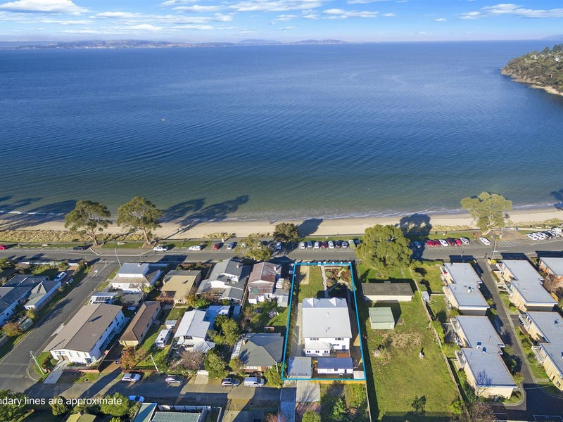 24 Osborne Esplanade, Kingston Beach, Tas 7050