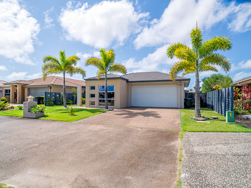 5 Columbus Close, Urraween, Qld 4655