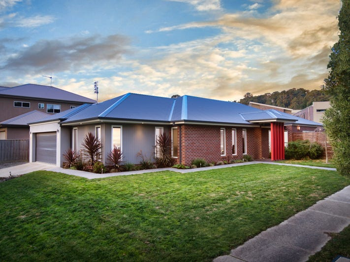 13 Heron Ridge, Brown Hill, Vic 3350