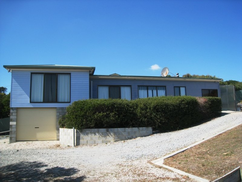 10 Freeman Place, Arthur River, Tas 7330