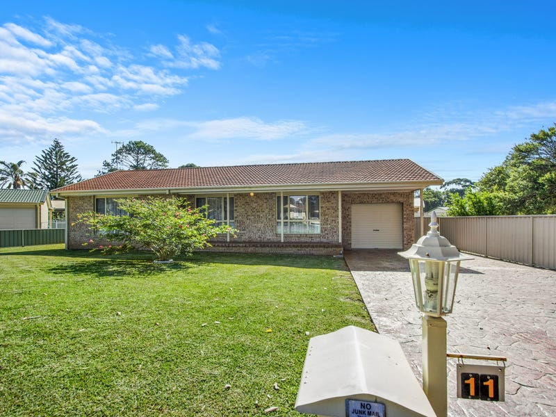 11 Lakewood Grove, Burrill Lake, NSW 2539