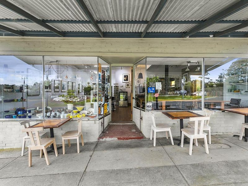 15 FALLS ROAD, Fish Creek, Vic 3959