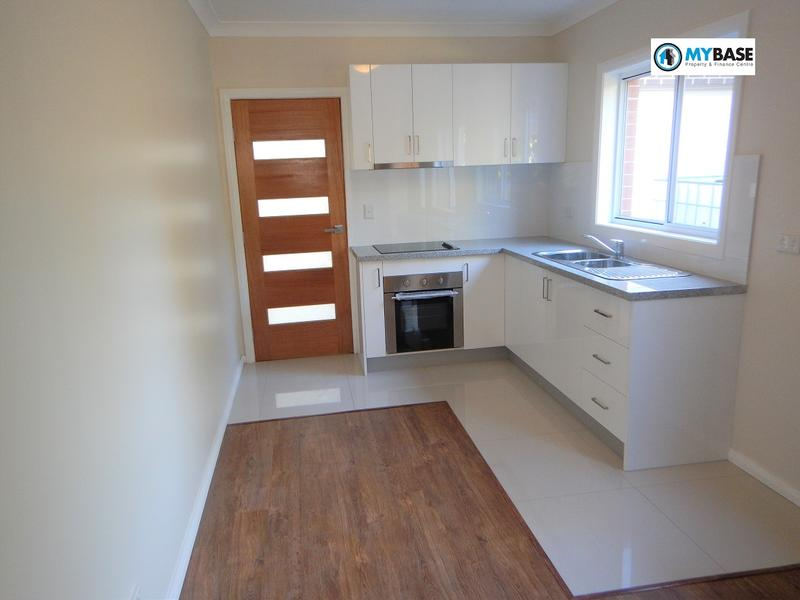 Granny Flat/At Cairns St, Riverwood, NSW 2210