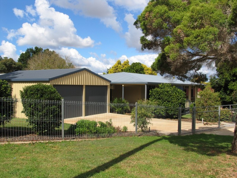 31 Fairview Drive, Kingaroy, Qld 4610