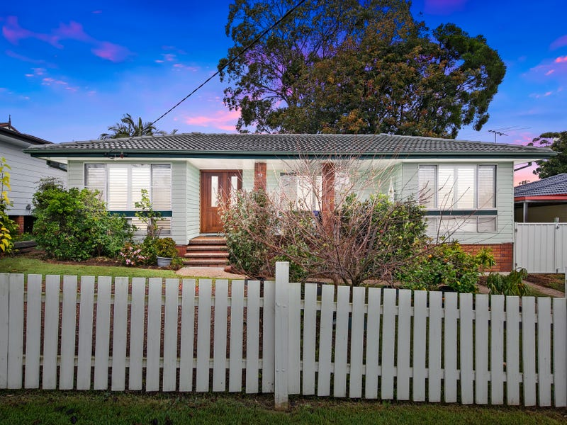 12 Rothbury Street, Maryland, NSW 2287