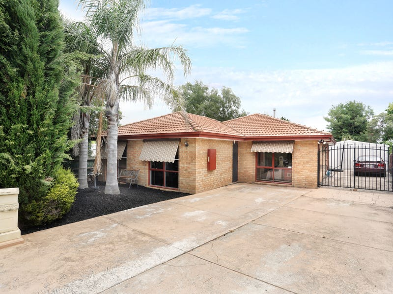3 Hillview  Rise, Hampton Park, Vic 3976