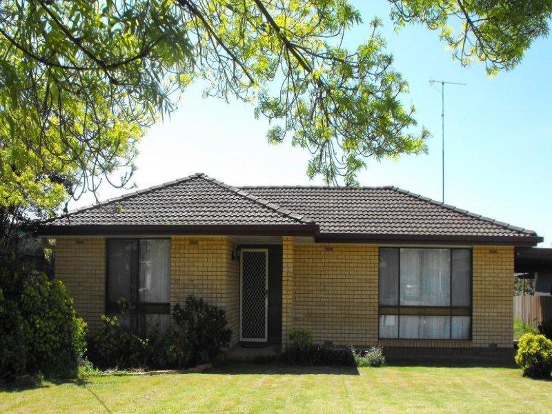 32 LIME STREET, Marrar, NSW 2652