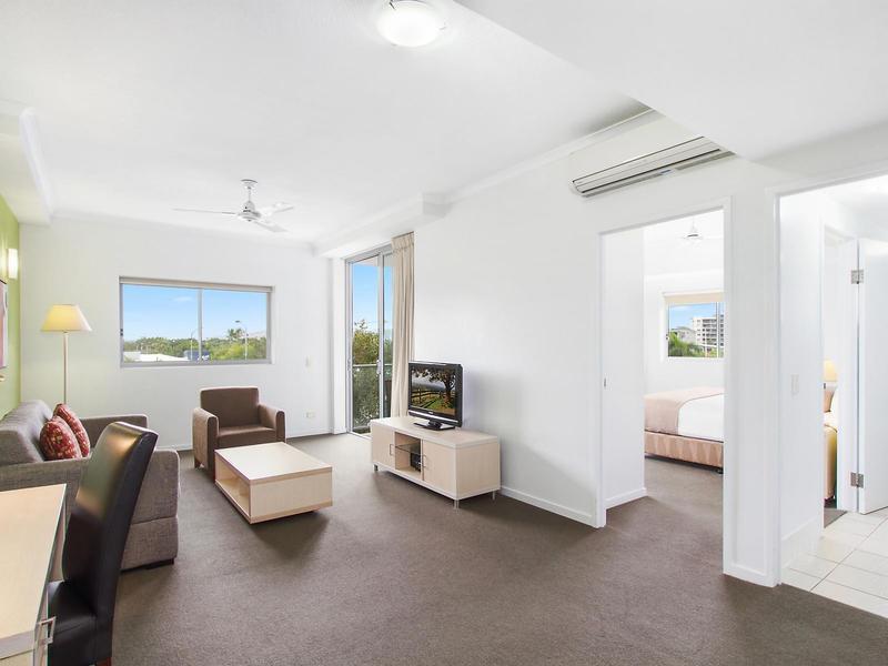311/2 Dibbs Street, South Townsville