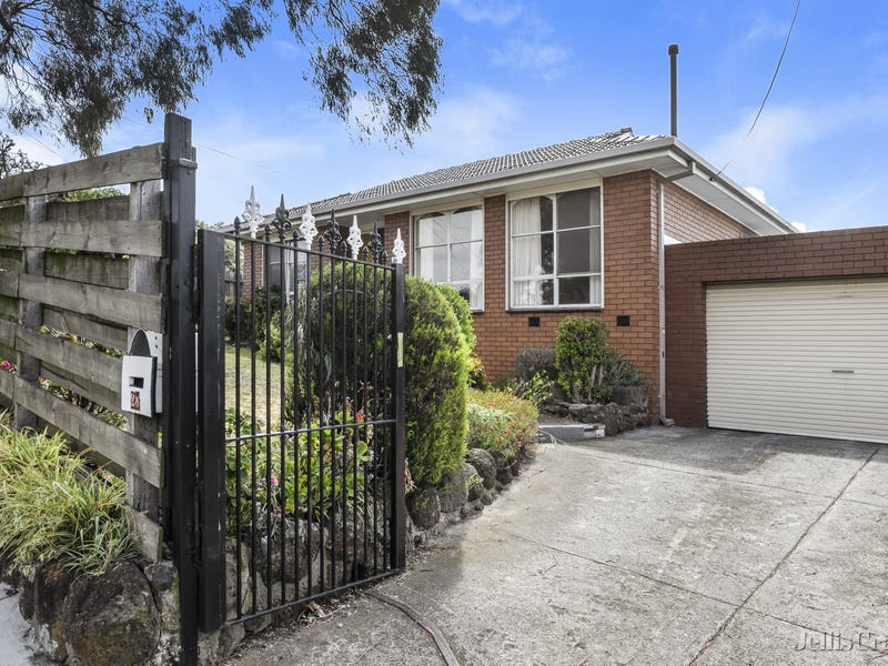 28 Caravelle Crescent, Strathmore Heights, Vic 3041
