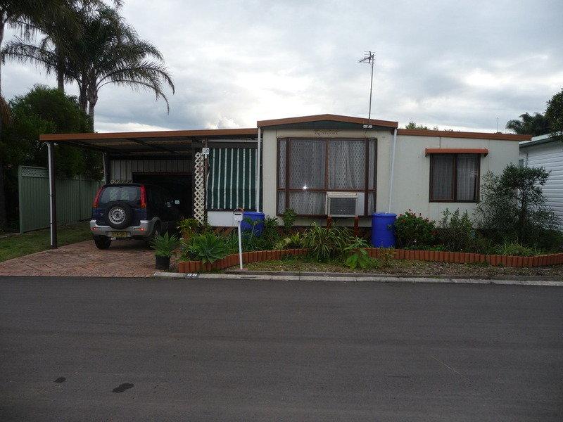 98 Lakeline Drive, Kanahooka, NSW 2530