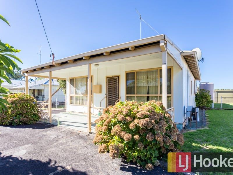 16 Roy Street, Harvey, WA 6220