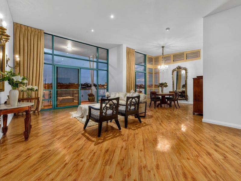 Villa 5, 27 Harbour Road, Hamilton, Qld 4007