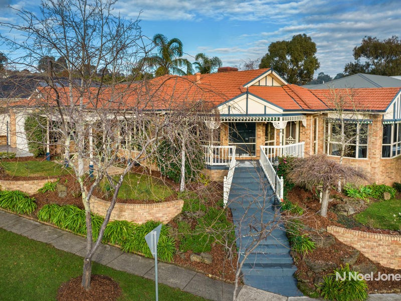 41 Clearwater Drive, Lilydale, Vic 3140