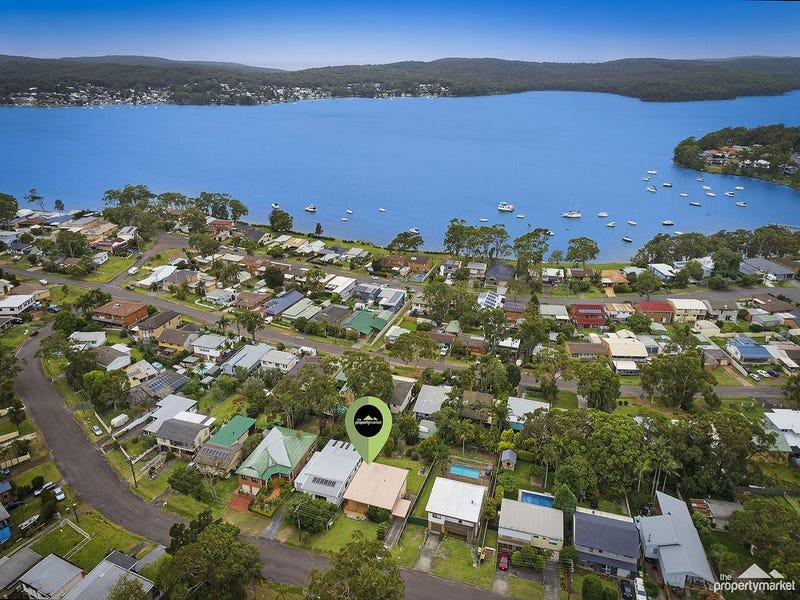 22 Murraba Crescent, Gwandalan, NSW 2259