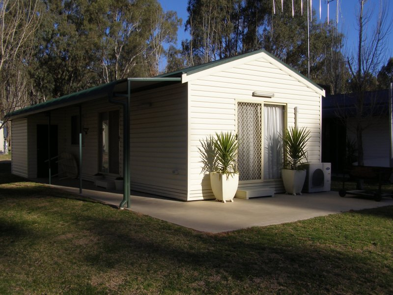 56 Tarragon Lodge, Picnic Point, Mathoura, NSW 2710
