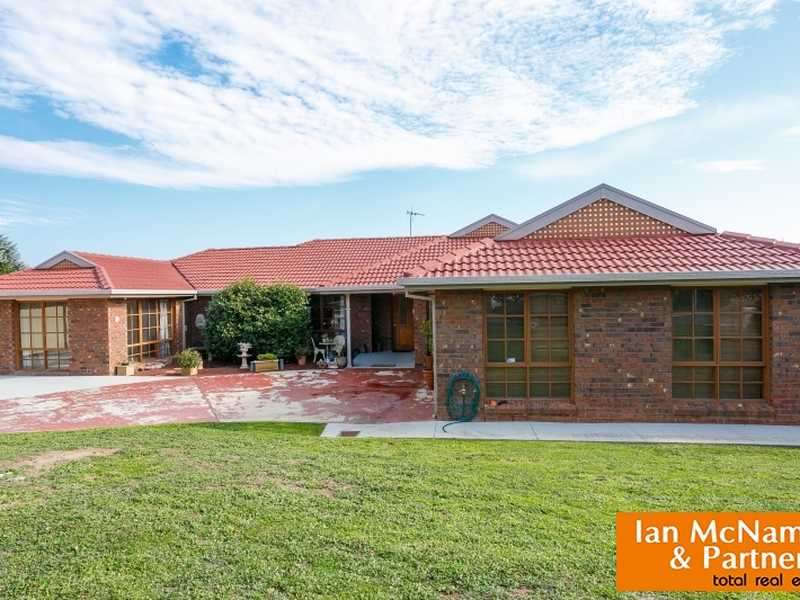 20 Parkview Crescent, Jerrabomberra, NSW 2619