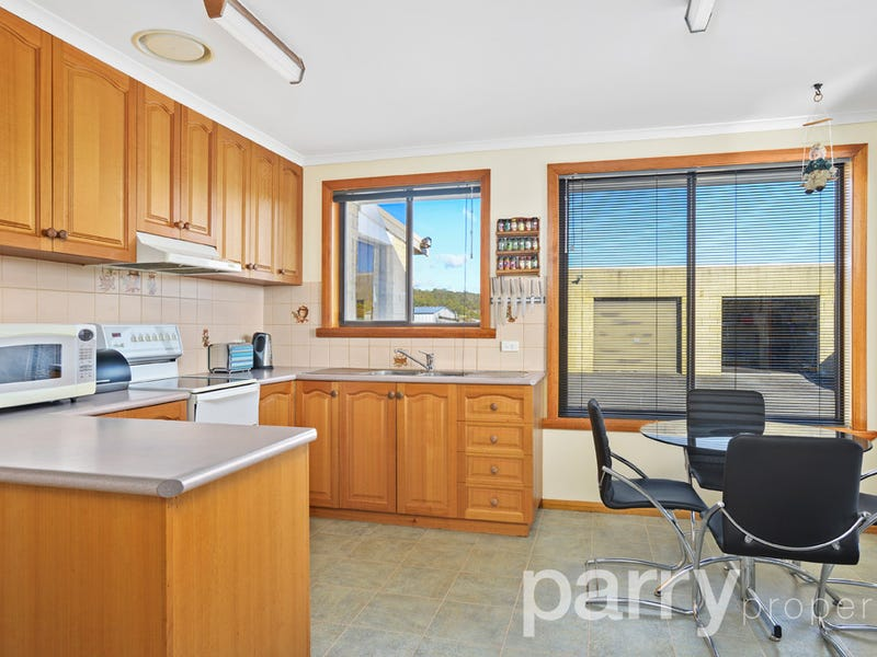 9 West Arm Road, Beauty Point, Tas 7270