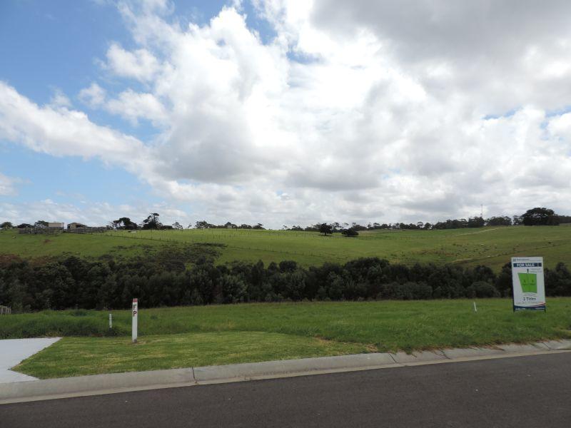 Lot 2/77 Stirling Drive, Lakes Entrance