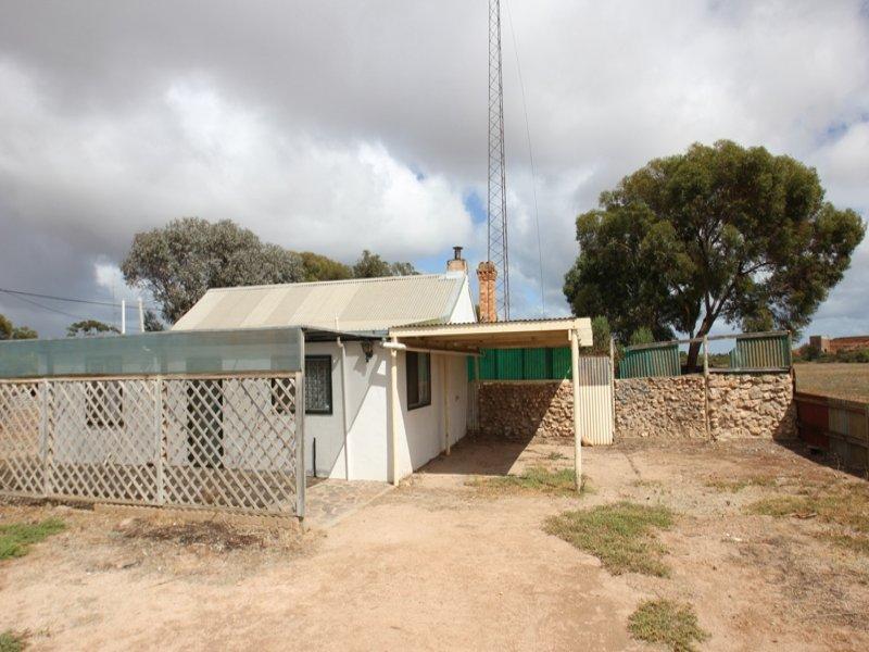 35 Barkla Street, East Moonta, SA 5558
