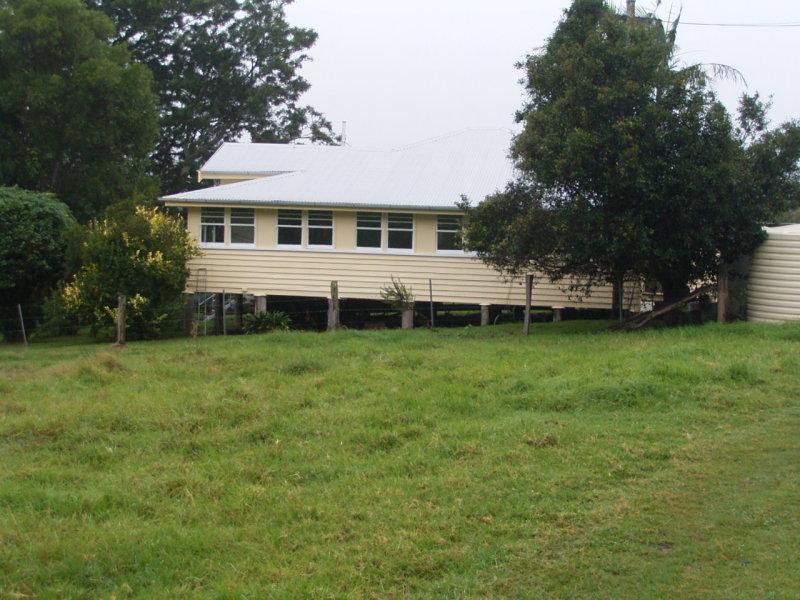555 National Park Road, Ravensbourne, Qld 4352