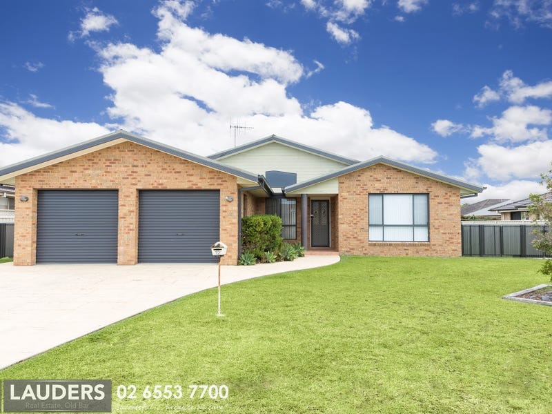 12 Bluehaven Drive, Old Bar, NSW 2430