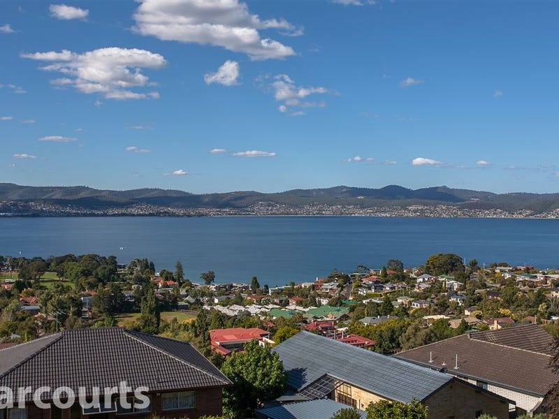 2/452 Churchill Avenue, Sandy Bay, Tas 7005