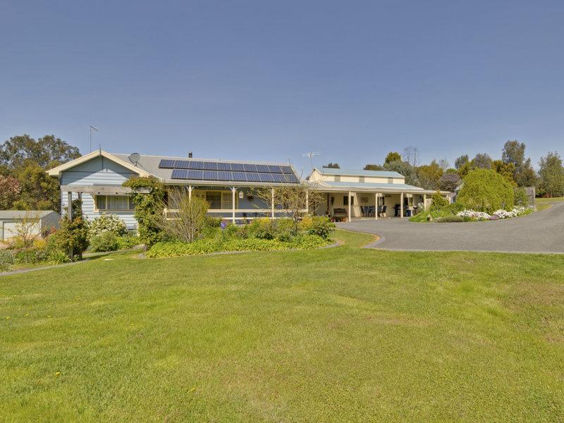 12 Lang Place, Toongabbie, Vic 3856